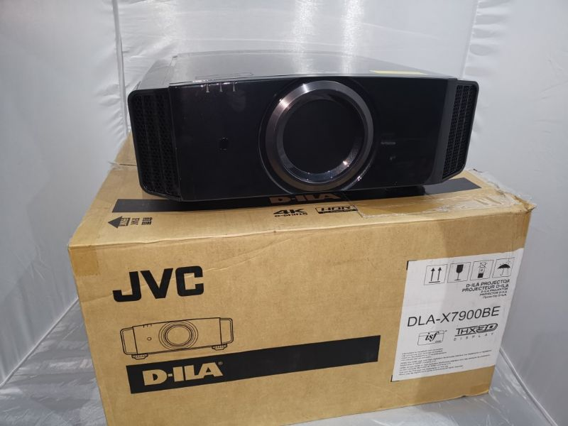JVC DLA-X7900 3D D-ILA Projector (Black) - Used